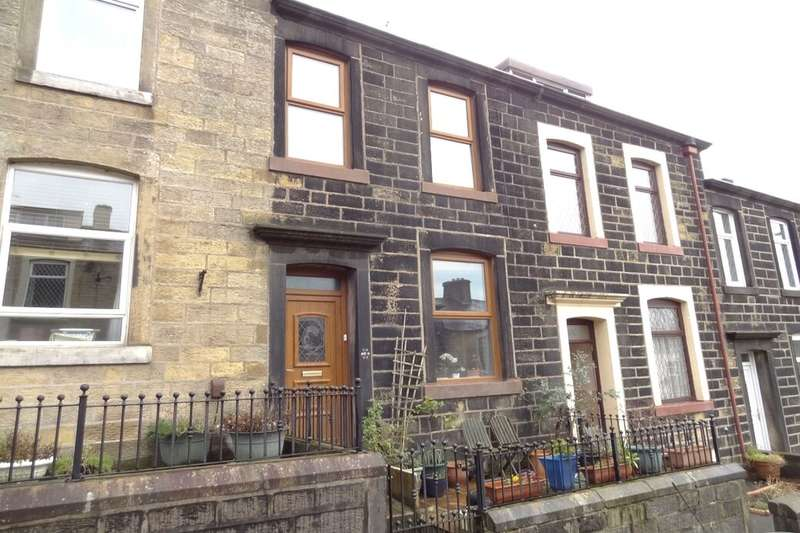 2 Bedrooms Terraced House for sale in Hall Street, Colne, BB8