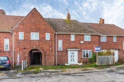 4 Bedrooms Terraced House for sale in Totton, Southampton, Hampshire