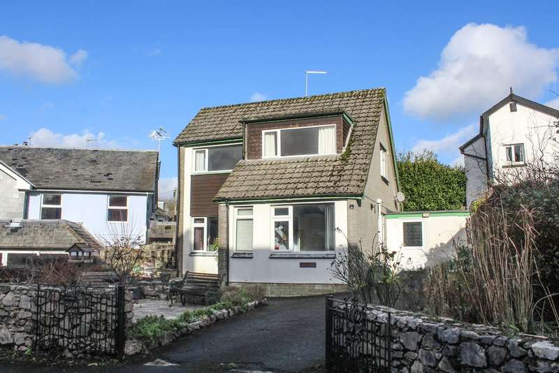 3 Bedrooms Detached House for sale in Church Street
