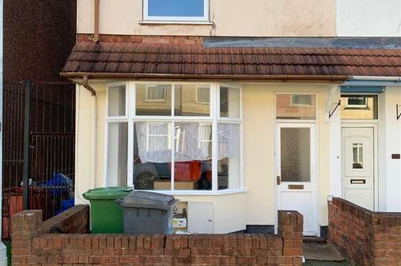 3 Bedrooms Terraced House for rent in Leslie Road, Park Village, Wolverhampton