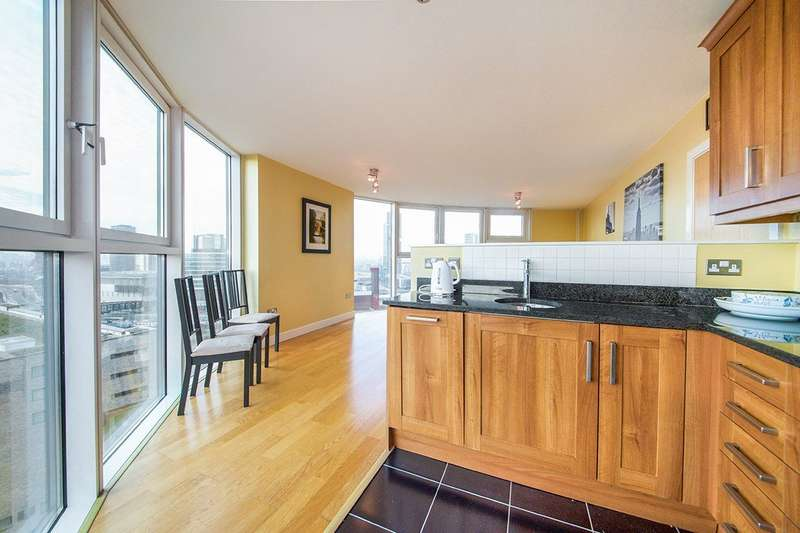 2 Bedrooms Apartment Flat for sale in Angel Lane, London, Stratford Eye, E15