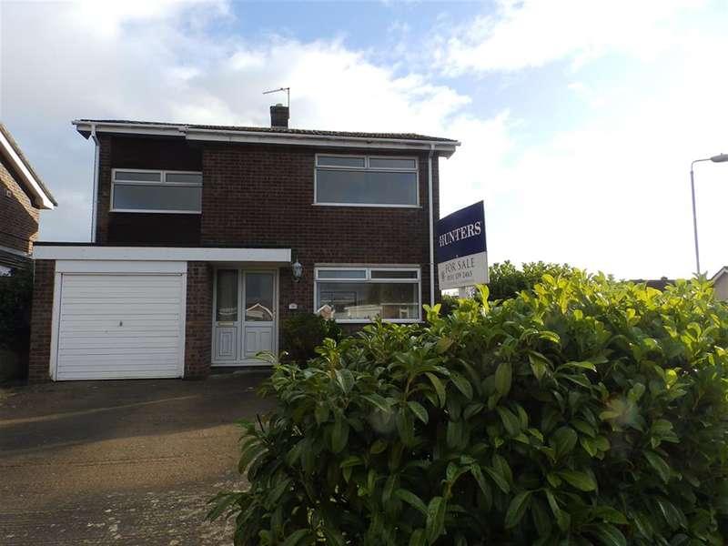 3 Bedrooms Detached House for sale in Lon Tywysog, Denbigh, Denbighshire, LL16 4AH