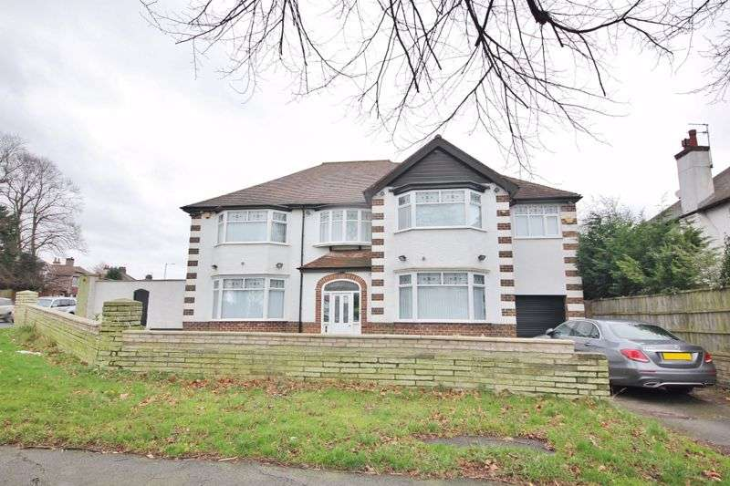 5 Bedrooms Property for sale in Queens Drive, Mossley Hill, Liverpool, L18