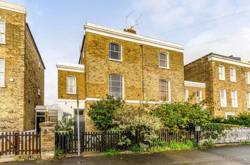 4 Bedrooms House for rent in Buckingham Road, De Beauvoir Town, N1