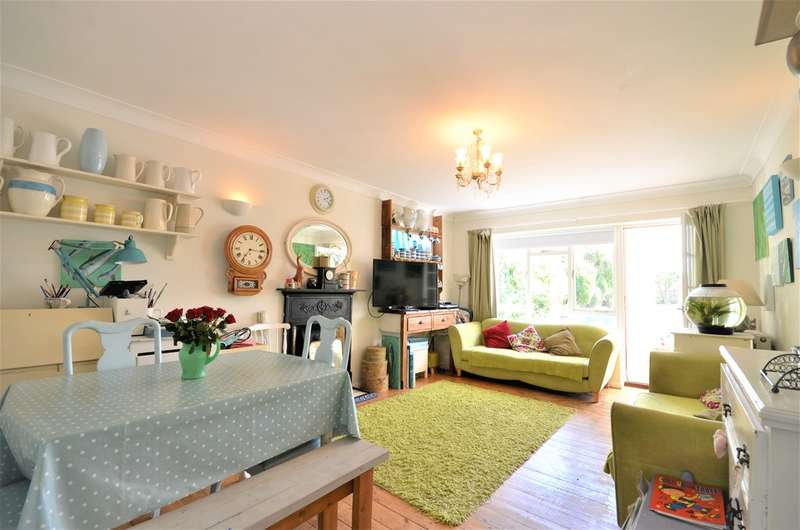 4 Bedrooms Detached Bungalow for sale in Bembridge, Isle Of Wight