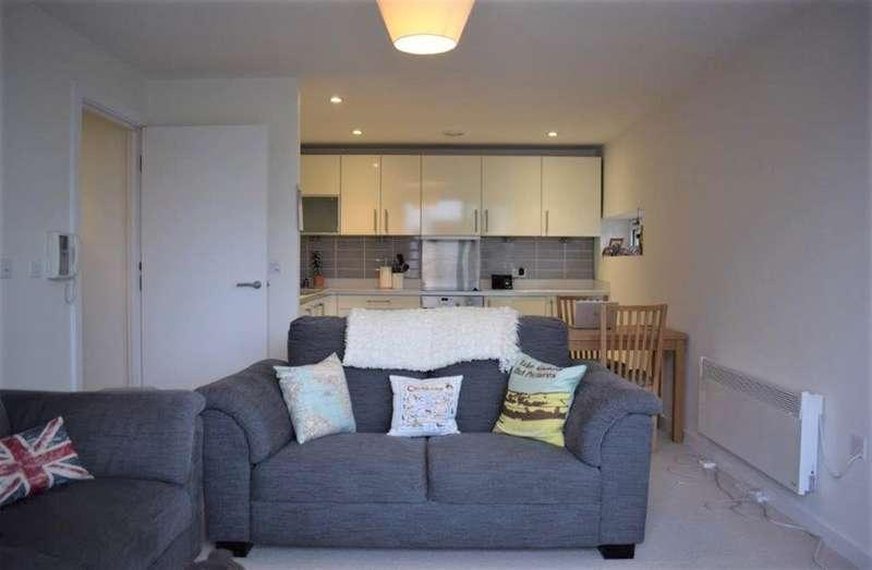 2 Bedrooms Flat for sale in Blackfriars Road, Salford, M3 7BP