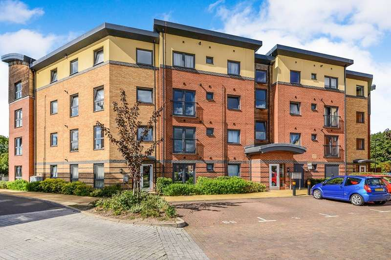 2 Bedrooms Apartment Flat for sale in Wynne Court, 1 Raven Close, Watford, Hertfordshire, WD18