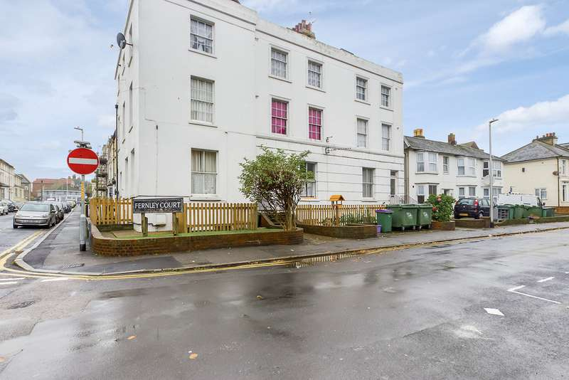 1 Bedroom Apartment Flat for sale in Fernley Court, Folkestone CT20