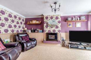 4 Bedrooms Terraced House for sale in Reculver Walk, Maidstone, Kent