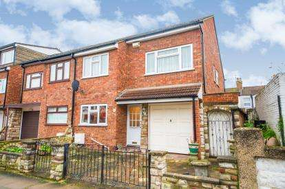 4 Bedrooms End Of Terrace House for sale in Chichester Road, Lower Edmonton, London, Chichester Road Lower
