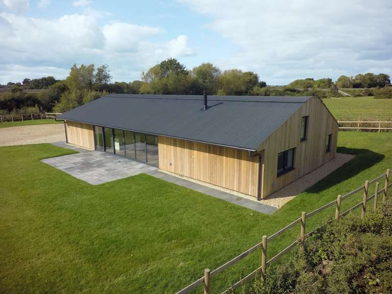 4 Bedrooms Detached House for sale in Rural Setting, Cheltenham