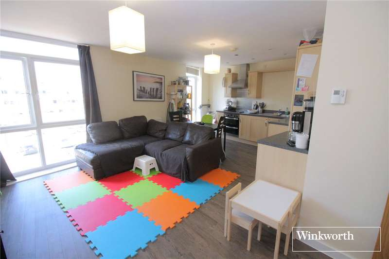 2 Bedrooms Flat for sale in Foster House, Maxwell Road, Borehamwood, Hertfordshire, WD6