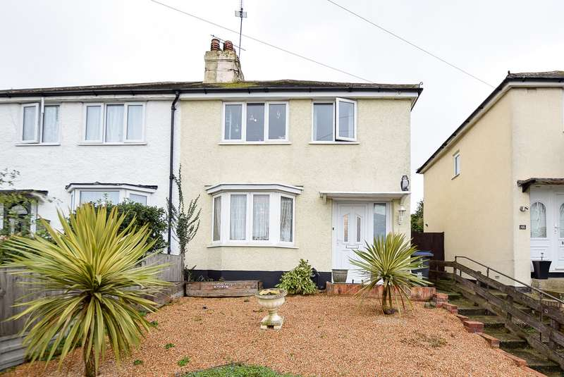 3 Bedrooms Semi Detached House for sale in Herne Avenue, Herne Bay