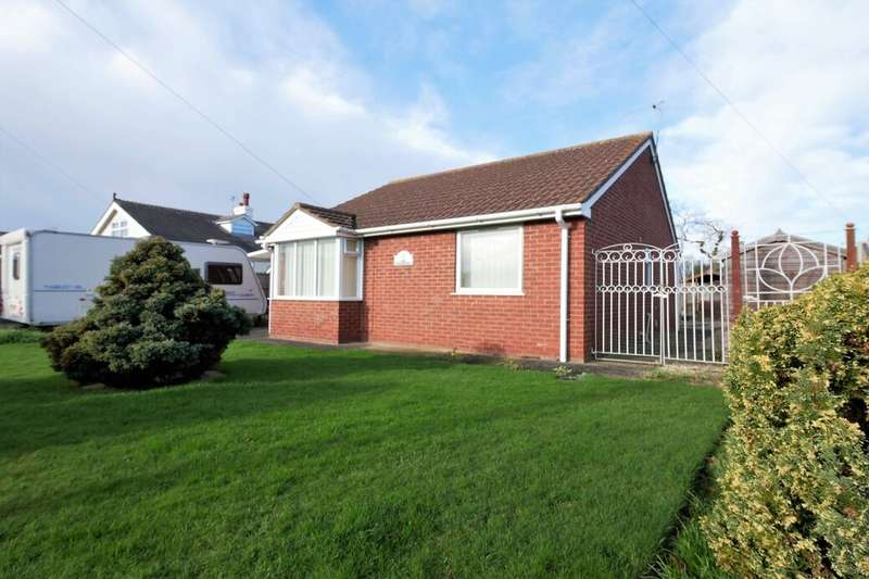2 Bedrooms Detached Bungalow for sale in Park Road West, Sutton-On-Sea, Mablethorpe, LN12