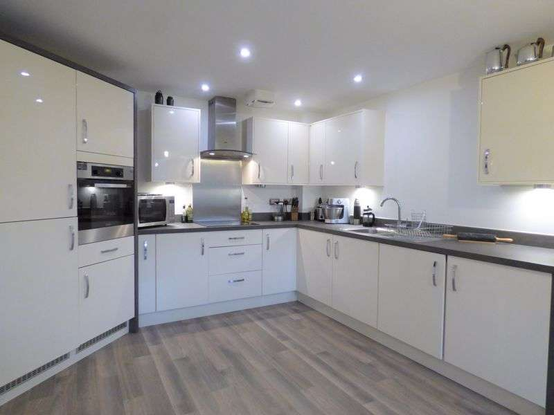 2 Bedrooms Property for sale in Pottery Gardens, Lancaster