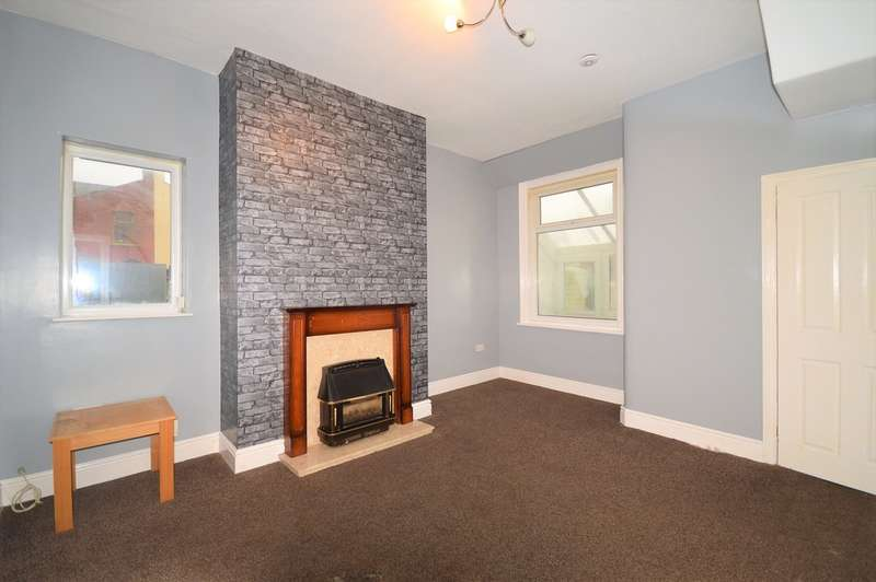 3 Bedrooms End Of Terrace House for sale in Cunliffe Road, Blackpool