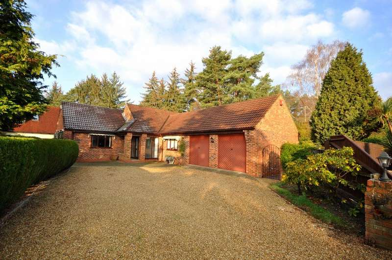 5 Bedrooms Chalet House for sale in Ashley Heath, Ringwood, BH24 2EH