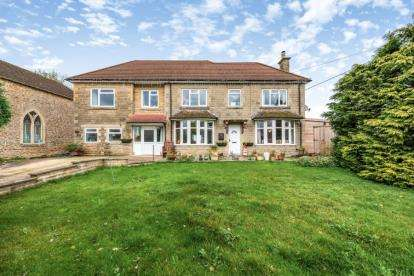 6 Bedrooms Detached House for sale in Main Road, Christian Malford, Chippenham, Wiltshire