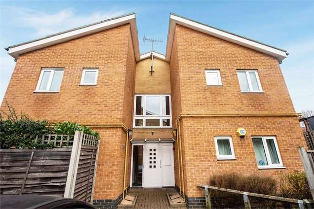 2 Bedrooms Flat for sale in Bailey Mews, London