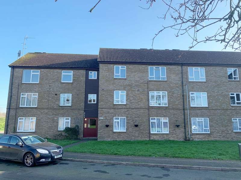 2 Bedrooms Flat for sale in Landau Way, Broxbourne, EN10
