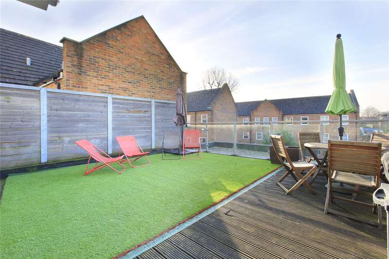 2 Bedrooms Flat for sale in Qube Court, 8 Balham Hill, Clapham South, London, SW12