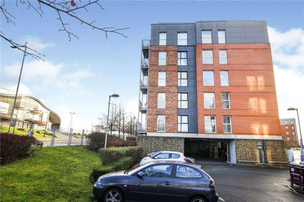2 Bedrooms Apartment Flat for sale in Stillwater Drive, Manchester, Greater Manchester