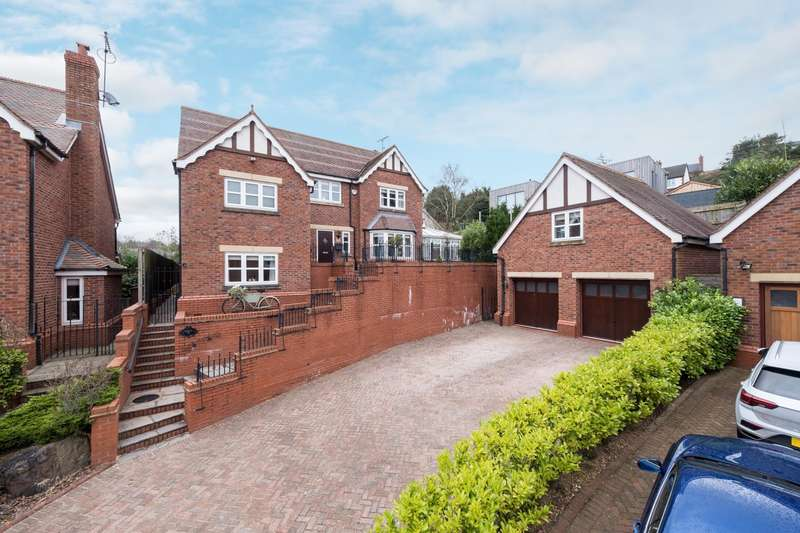 4 Bedrooms House for sale in 4 bedroom House Detached in Kelsall