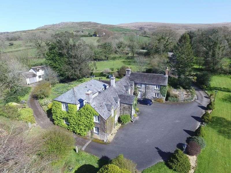 9 Bedrooms Property for sale in SMALL COUNTRY HOUSE HOTEL