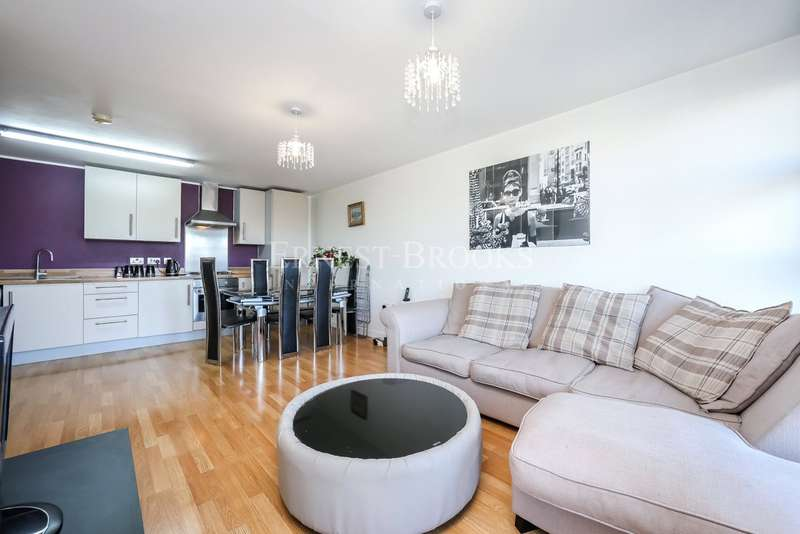3 Bedrooms Apartment Flat for sale in Fawe Street, Poplar, E14