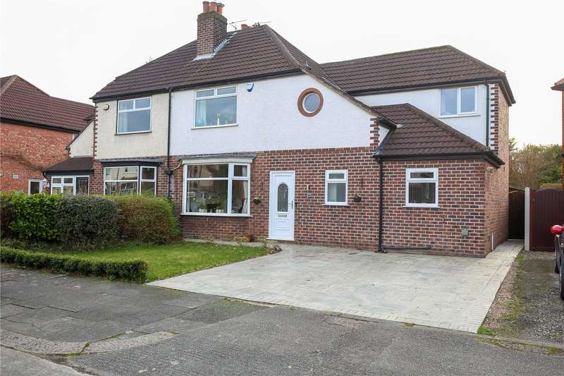 3 Bedrooms Semi Detached House for sale in Brayton Avenue, Didsbury, Manchester, M20