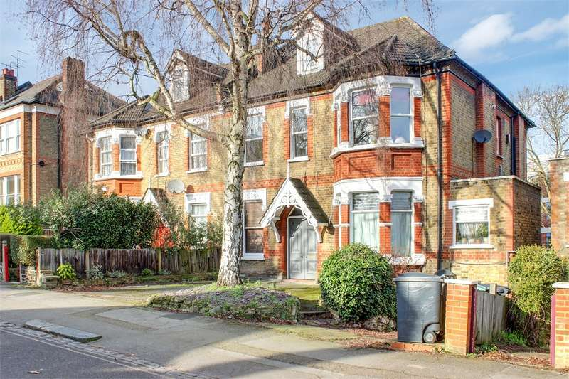 3 Bedrooms Flat for sale in Christchurch Road, Crouch End, London