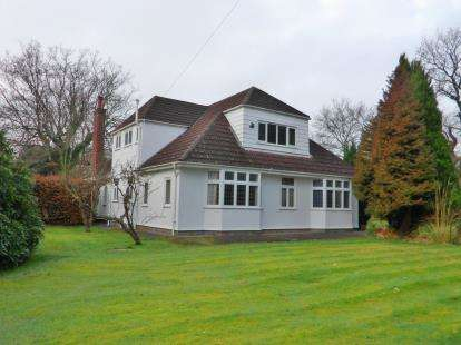 4 Bedrooms House for sale in Kingsway, Heswall, Wirral, Merseyside, CH60