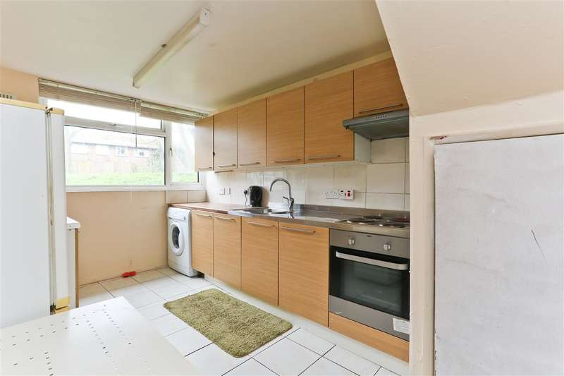 2 Bedrooms Apartment Flat for sale in Mackenzie House, Ainsworth Close, London