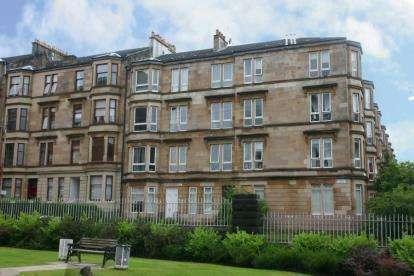 2 Bedrooms Flat for sale in Whitehill Street, Dennistoun