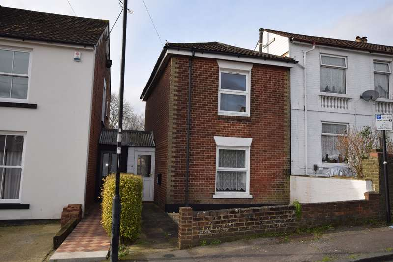 2 Bedrooms Detached House for sale in Cliff Road, Southampton, SO15 1JN