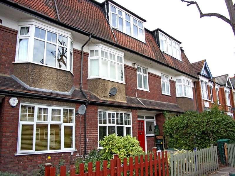2 Bedrooms Flat for sale in Radbourne Avenue, Ealing, W5