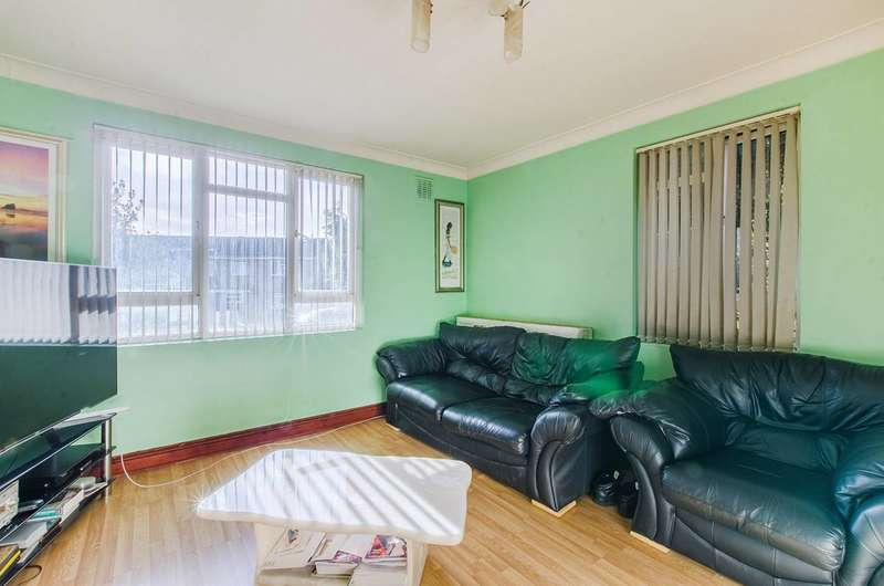 1 Bedroom Flat for sale in Ravensbourne Park Crescent, Catford, SE6
