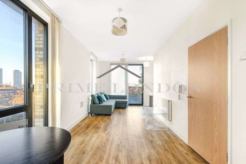 3 Bedrooms Property for sale in 24 Truman Walk, Bromley by Bow, London