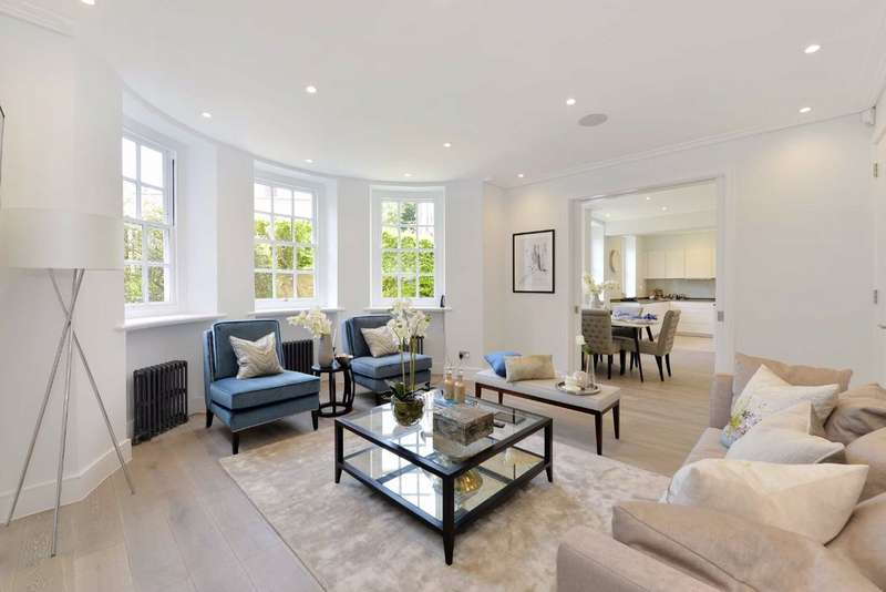 3 Bedrooms Flat for sale in Avenue Lodge, London, NW8