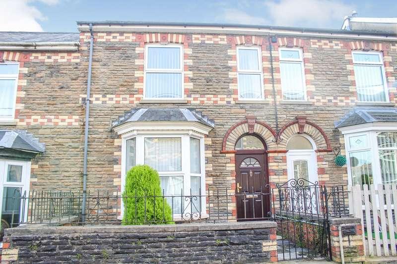3 Bedrooms Terraced House for sale in Wainfelin Avenue, Wainfelin, Pontypool, NP4