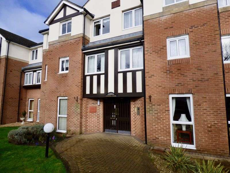 2 Bedrooms Property for sale in Stirling Court, Southport, PR9 7LF