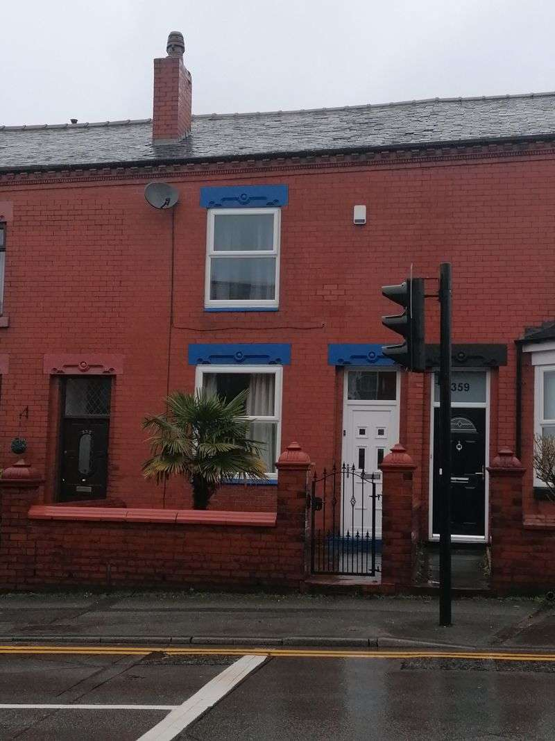 2 Bedrooms Property for sale in Manchester Road, Manchester