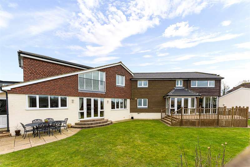 5 Bedrooms Detached House for sale in Letchworth Close, Ferring, Worthing, BN12