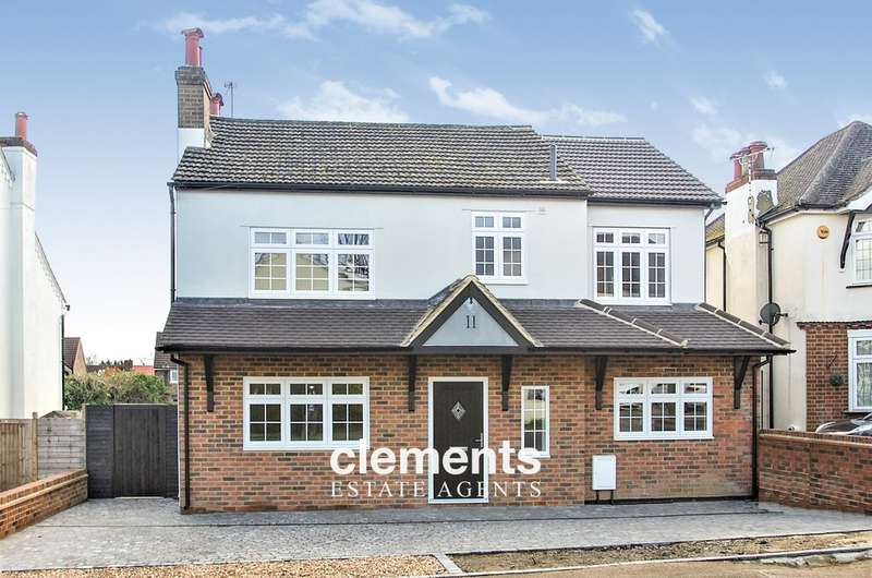 4 Bedrooms Detached House for sale in Abbots Langley, HERTS