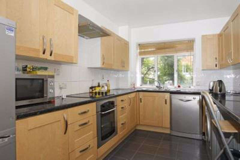 4 Bedrooms Property for sale in Padstow House Three Colt Street E14