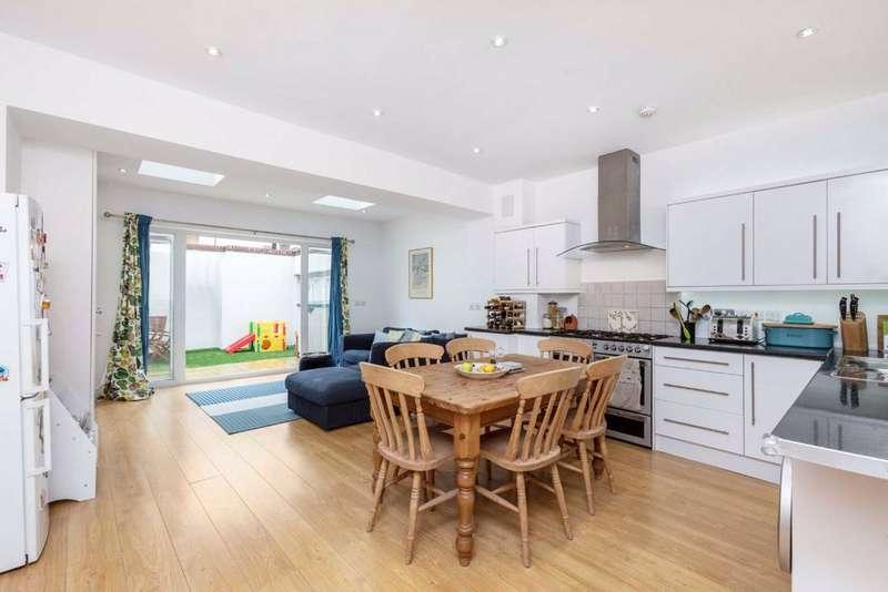 3 Bedrooms Terraced House for sale in Corsehill Street, Furzedown, London