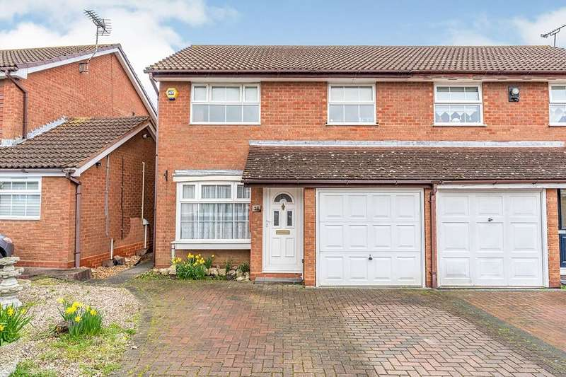 3 Bedrooms Semi Detached House for sale in Puttney Drive, Kemsley, Sittingbourne, ME10