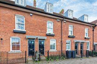 4 Bedrooms Terraced House for sale in Station Road West, Canterbury, Kent