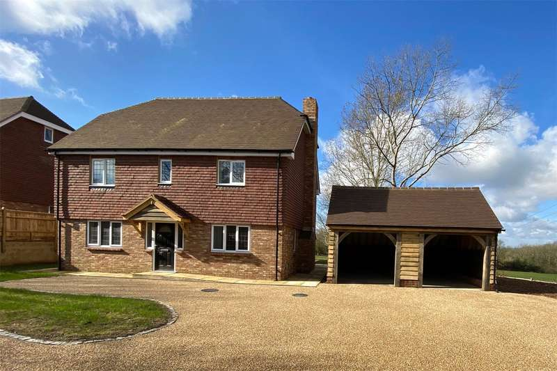 5 Bedrooms Detached House for sale in Mark Cross, Crowborough
