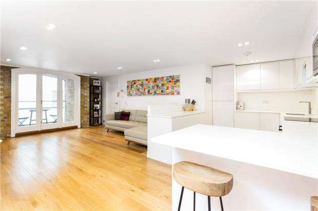 2 Bedrooms Flat for sale in St. Saviours Wharf, 25 Mill Street, London